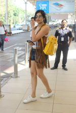 Adah Sharma snapped at the airport on 5th Jan 2016
