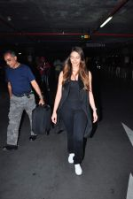 Ileana D cruz snapped at international airport on 5th Jan 2016