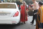 Jaya Bachchan snapped at the airport on 5th Jan 2016 (19)_568cbf950d839.JPG