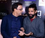 Vidhu Vinod Chopra, Farhan Akhtar at Wazir screening in Delhi on 5th Jan 2016