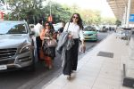 Sonakshi Sinha snapped at Airport on 6th Jan 2016 (22)_568e222e927d0.JPG