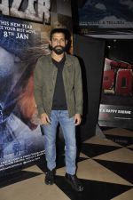 Farhan Akhtar at Wazir screening in Mumbai on 7th Jan 2016