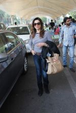 Lillete Dubey snapped at domestic airport on 7th Jan 2016 (18)_568f6974c805d.JPG
