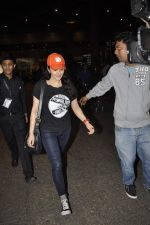 Preity Zinta snapped at International airport on 7th Jan 2016