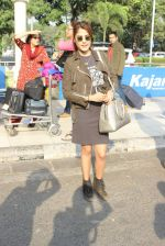 Rhea Chakraborty snapped at domestic airport on 7th Jan 2016 (41)_568f69ee921a5.JPG