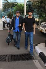 Paresh Rawal snapped at airport on 8th Jan 2016 (13)_5690ff4f3e5c0.JPG