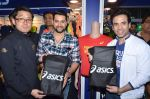 Aftab Shivdasani, Tusshar Kapoor promote Kya Kool Hain Hum at get active expo promotions on 9th Jan 2016 (23)_5693925f28ea9.JPG