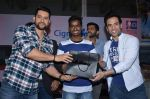 Aftab Shivdasani, Tusshar Kapoor promote Kya Kool Hain Hum at get active expo promotions on 9th Jan 2016 (28)_56939252a5166.JPG