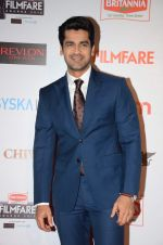 Arjan Bajwa at Filmfare Nominations red carpet on 9th Jan 2016