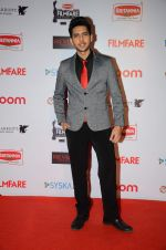 Armaan Malik at Filmfare Nominations red carpet on 9th Jan 2016