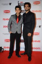 Armaan Malik, Amaal Mallik at Filmfare Nominations red carpet on 9th Jan 2016