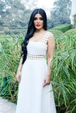 Koena Mitra in Delhi on 10th Jan 2016