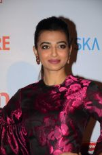 Radhika Apte at Filmfare Nominations red carpet on 9th Jan 2016