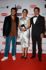 Ranveer Singh, Ronit Roy at Filmfare Nominations red carpet on 9th Jan 2016