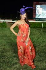 Rashmi Nigam at Zavaray Poonawala race on 9th Jan 2016