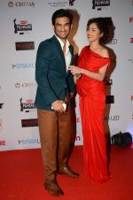 Sushant Singh Rajput, Ankita Lokhande at Filmfare Nominations red carpet on 9th Jan 2016