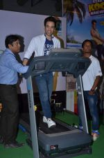Tusshar Kapoor promote Kya Kool Hain Hum at get active expo promotions on 9th Jan 2016