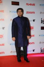 at Filmfare Nominations red carpet on 9th Jan 2016 (78)_569395e5d8334.JPG