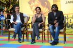 Rajkumar Hirani, Ritika Singh, R Madhavan at Saala Khadoos film launch on 11th Jan 2016