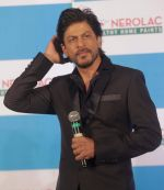 Shahrukh Khan at Nerolac Event in Kolkata on 11th Jan 2016