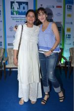 Farah Khan Ali, Priya Dutt at Marathon Press Meet on 12th Jan 2016 (42)_5696120a34d33.JPG