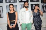 Kim Sharma, Pravin Dabas, Preeti Jhangiani at Dabboo Ratnani calendar launch in Mumbai on 12th Jan 2016