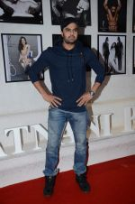 Manish Paul at Dabboo Ratnani calendar launch in Mumbai on 12th Jan 2016