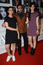 Parineeti Chopra, Gulshan Grover, Kriti Sanon at Dabboo Ratnani calendar launch in Mumbai on 12th Jan 2016