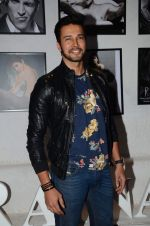 Rajneesh Duggal at Dabboo Ratnani calendar launch in Mumbai on 12th Jan 2016