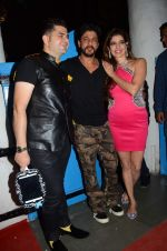 Shahrukh Khan at Dabboo Ratnani calendar launch in Mumbai on 12th Jan 2016
