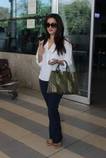 Raima Sen snapped at Airport on 13th Jan 2016 (14)_569752c6eb662.JPG