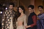 Katrina Kaif, Aditya Roy Kapur walks for Manish Malhotra show for Sahachari Foundation on 14th Jan 2016 (108)_5698f2e8832a5.JPG
