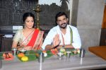 Ritika Singh, Madhavan with Saala Khadoos team celebrate Pongal on 14th Jan 2016