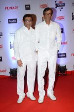 Abbas Mastan at Filmfare Awards 2016 on 15th Jan 2016 (196)_569b43e7e95a4.JPG