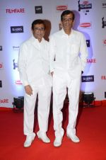 Abbas Mastan at Filmfare Awards 2016 on 15th Jan 2016 (197)_569b43e8d403b.JPG