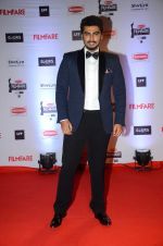 Arjun Kapoor at Filmfare Awards 2016 on 15th Jan 2016 (178)_569b44b2a068a.JPG