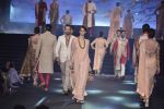 Model walk the ramp at Vikram Phadnis 25 years show on 16th Jan 2016 (154)_569b8f347f086.JPG