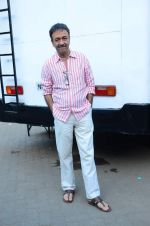 Rajkumar Hirani at Saala Khadoos photo shoot on 15th Jan 2016