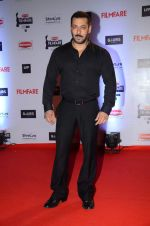 Salman Khan at Filmfare Awards 2016 on 15th Jan 2016 (484)_569b4756e402a.JPG