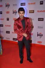 at Filmfare Awards 2016 on 15th Jan 2016 (419)_569b45888e294.JPG