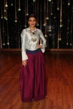 Sonali bendre on the sets of Zee TV India