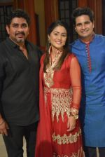 Hina Khan, Karan Mehra, Rajan Shahi at Rajan Shahi_s Yeh Ristha Kya Kehlata Hai completed 7 glorious years on 19th Jan 2016 (37)_569e10462079b.JPG