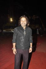 Kailash Kher at Umang police show on 19th Jan 2016 (588)_569f6a3b0a8a1.JPG