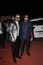 Mika Singh, Rahul Vaidya at Umang police show on 19th Jan 2016