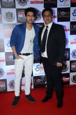 Armaan Malik, Daboo Malik  at Lions Awards 2016 on 22nd Jan 2016 (56)_56a38a40d44f2.JPG
