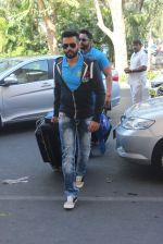 Jay Bhanushali snapped at airport on 22nd Jan 2016 (32)_56a37483a00e8.JPG