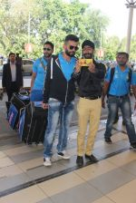 Jay Bhanushali snapped at airport on 22nd Jan 2016 (31)_56a374827b78f.JPG