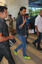 Riteish Deshmukh snapped at airport on 22nd Jan 2016 (59)_56a3749f18959.JPG