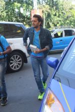Riteish Deshmukh snapped at airport on 22nd Jan 2016 (68)_56a374a0c2888.JPG