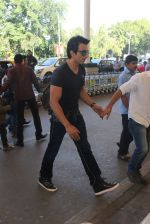 Sonu Sood snapped at airport on 22nd Jan 2016 (49)_56a374d5cfe07.JPG